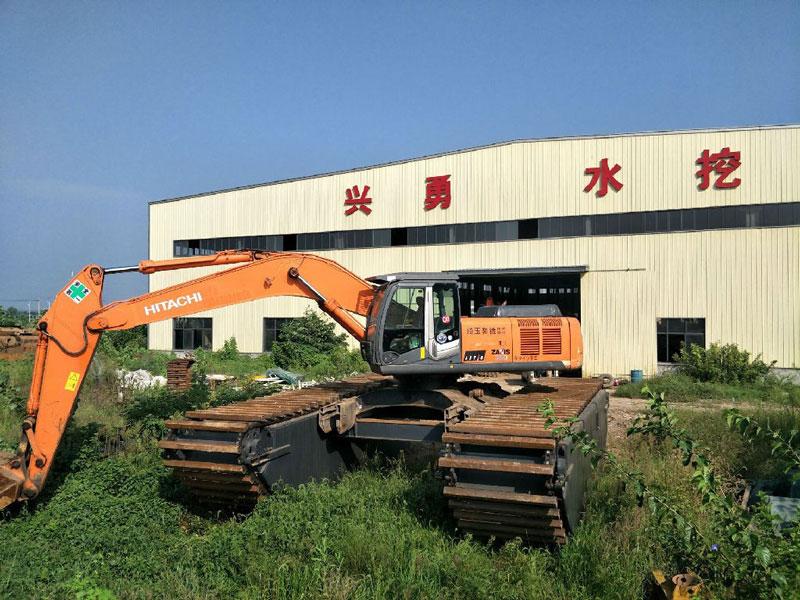 日立350标配35吨级水陆挖掘机浮箱