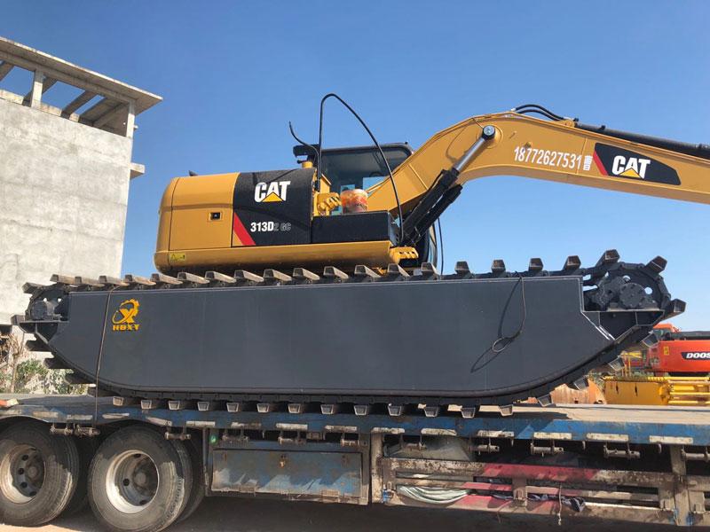 斗山DH225标配20吨级水陆挖掘机浮箱