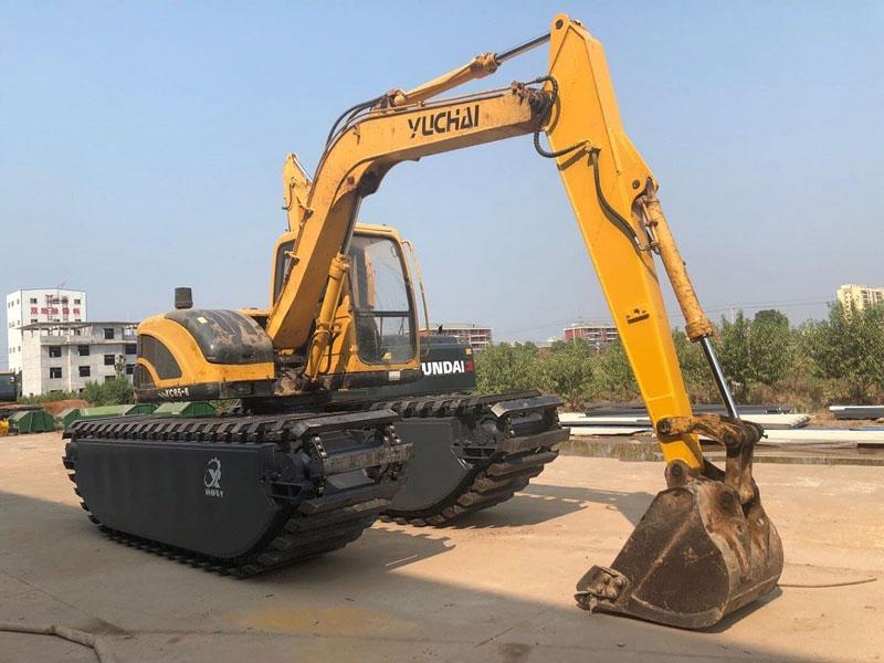 玉柴YC85标配8吨级水陆挖掘机浮箱