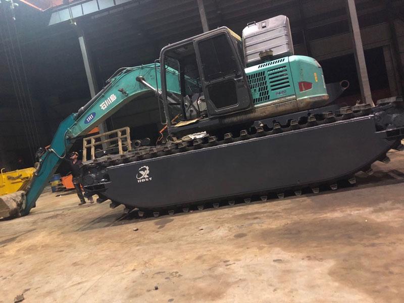 石川岛100标配10吨级水陆挖掘机浮箱
