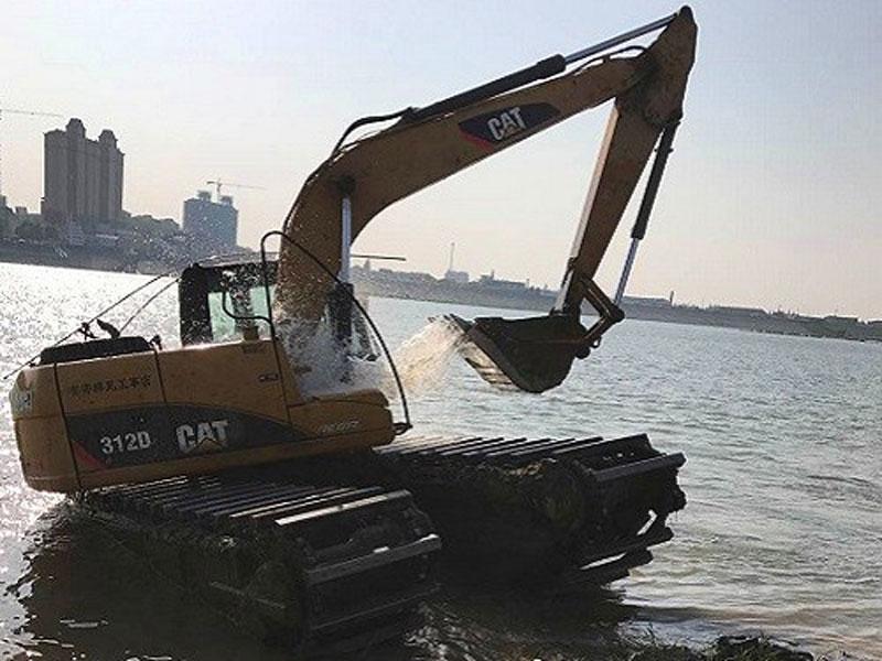 卡特CAT312标配15吨级水陆挖掘机浮箱