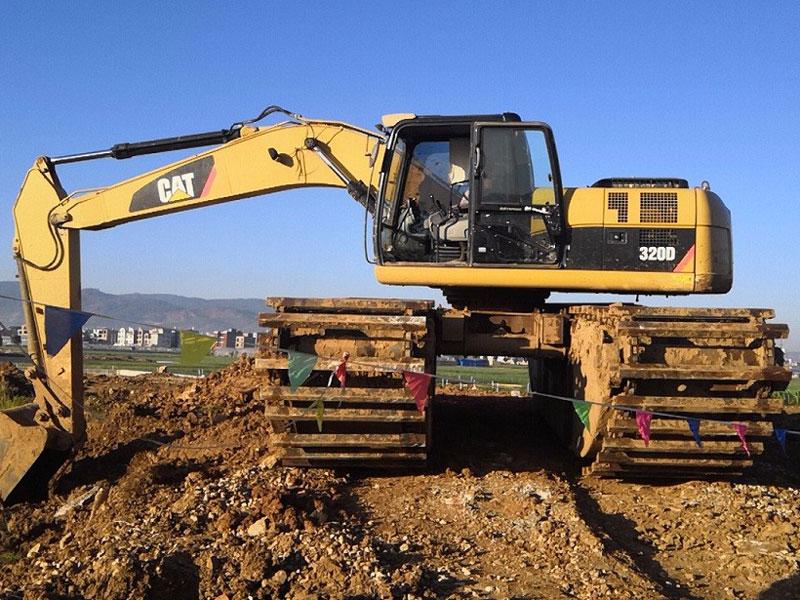 卡特CAT320标配20吨级水陆挖掘机浮箱